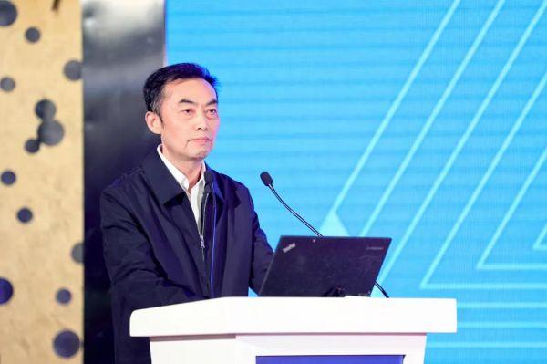 重庆市经济和信息化委员会二级巡视员姚永安